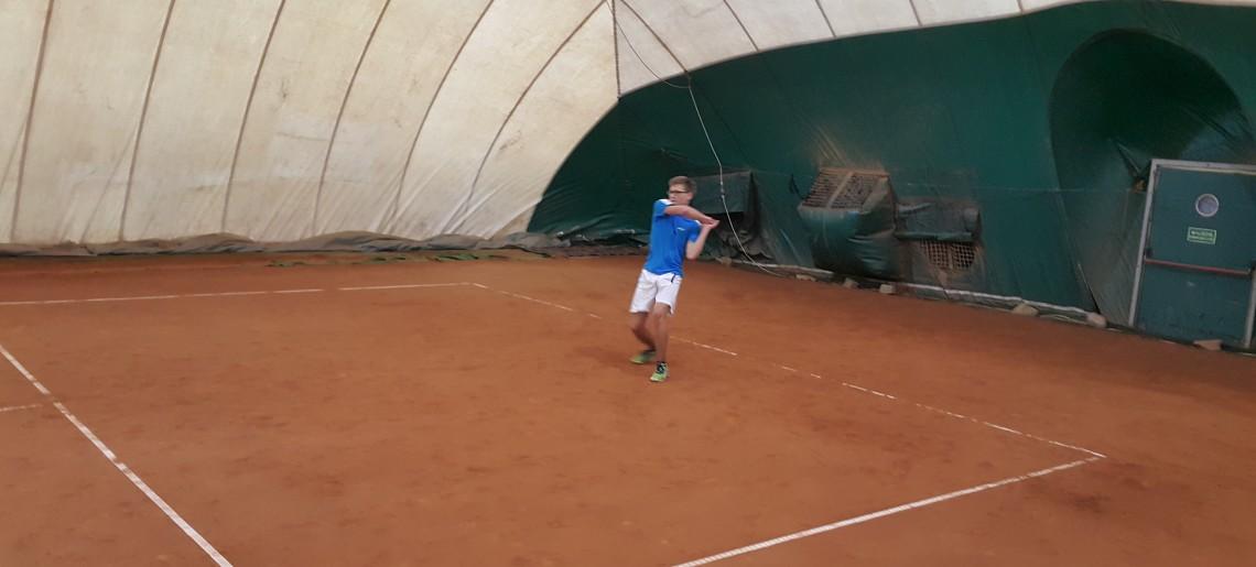 Zimowa szkółka tenisowa